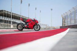 2020-Ducati-Panigale-V4-S-90