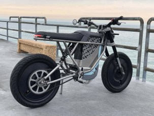 Cleveland-Cyclewerks-Falcon-electric-motorcycle-12