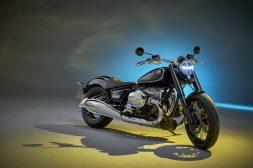 2020-BMW-R18-studio-07