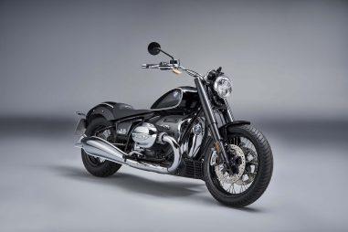 2020-BMW-R18-studio-19