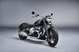 2020-BMW-R18-studio-20