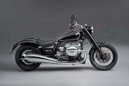 2020-BMW-R18-studio-24