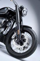 2020-BMW-R18-studio-45