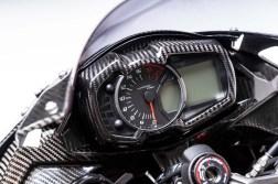 Kawasaki-Ninja-ZX-25R-carbon-fiber-race-bike-06