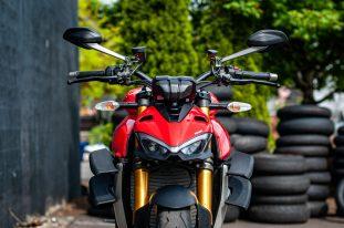 2020-Ducati-Streetfighter-V4-S-Jensen-Beeler-04