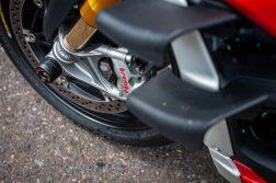 2020-Ducati-Streetfighter-V4-S-Jensen-Beeler-09