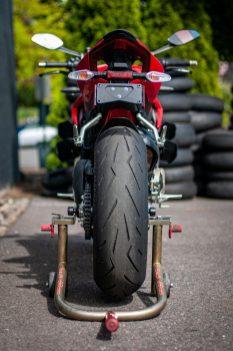 2020-Ducati-Streetfighter-V4-S-Jensen-Beeler-37