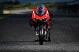 2020-Ducati-Superleggera-V4-11