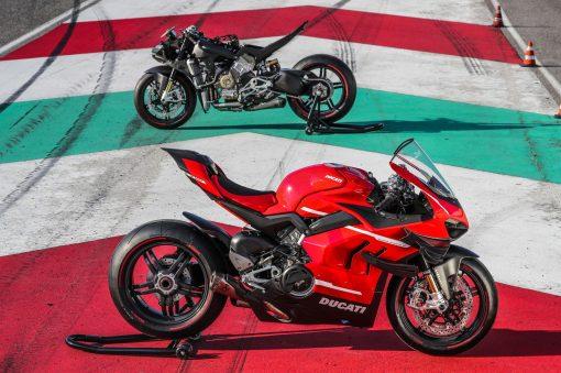 2020-Ducati-Superleggera-V4-24
