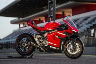 2020-Ducati-Superleggera-V4-34