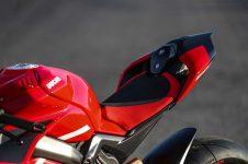 2020-Ducati-Superleggera-V4-64