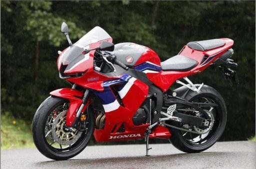 2021-Honda-CBR600RR-09