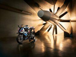 2021-BMW-M1000RR-superbike-30