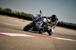 2021-BMW-M1000RR-superbike-55