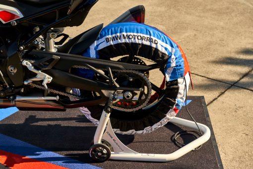 2021-BMW-M1000RR-superbike-58