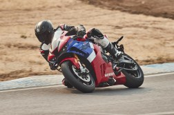 2021-Honda-CBR1000RR-R-Fireblade-SP-press-launch-05