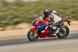 2021-Honda-CBR1000RR-R-Fireblade-SP-press-launch-10