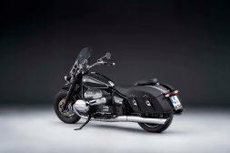 2021-BMW-R18-Classic-26