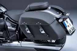 2021-BMW-R18-Classic-40