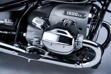 2021-BMW-R18-Classic-49