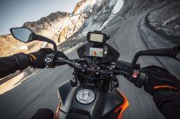 2021-KTM-890-Adventure-04