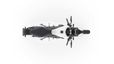 2021-Triumph-Trident-660-16