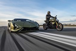2021-Ducati-Diavel-1260-Lamborghini-63