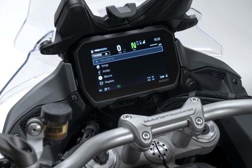 2021-Ducati-Multistrada-V4-S-25