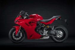 2021-Ducati-SuperSport-950-03