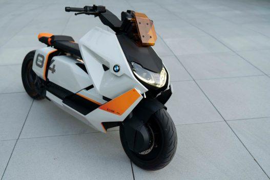 BMW-Motorrad-Definition-CE-04-07