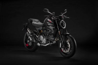 2021-Ducati-Monster-07