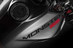 2021-Ducati-Monster-Plus-03