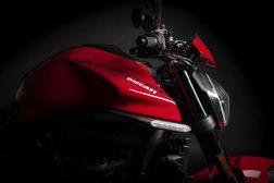 2021-Ducati-Monster-Plus-14