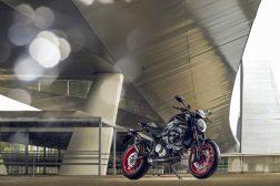 2021-Ducati-Monster-Plus-48