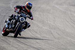 2021-Ducati-Monster-Plus-63