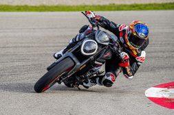 2021-Ducati-Monster-Plus-64