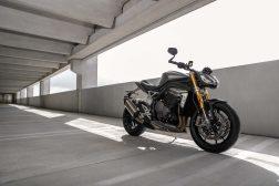 2021-Triumph-Speed-Triple-1200-RS-28