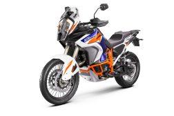 2021-KTM-1290-Super-Adventure-R-29