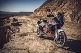 2021-KTM-1290-Super-Adventure-R-51