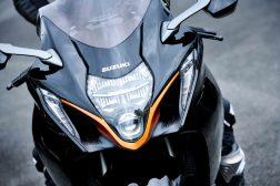 2022-Suzuki-Hayabusa-action-50