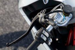 2021-Ducati-SuperSport-950-10