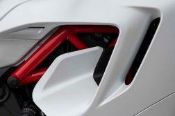 2021-Ducati-SuperSport-950-25