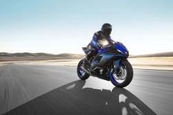 2022-Yamaha-YZF-R7-02