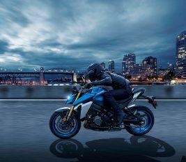 2022-Suzuki-GSX-S1000-04