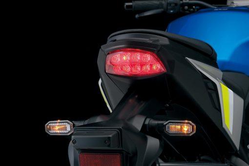 2022-Suzuki-GSX-S1000-35