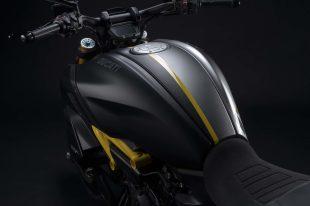 Ducati-Diavel-1260-S-Black-and-Steel-27