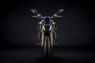 Ducati-Diavel-1260-S-Black-and-Steel-42