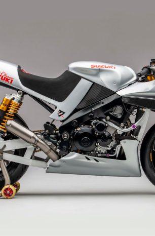 Come Drool Over the 200hp Team Classic Suzuki Katana Project