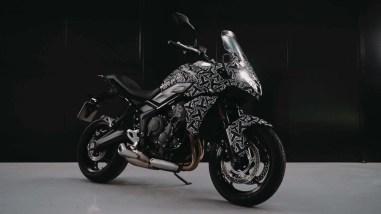 2022-Triumph-Tiger-660-01
