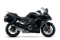 2022-Suzuki-GSX-S1000GT-11